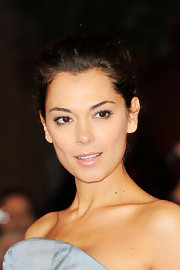 Giorgia Surina wore the prettiest pale beige-pink lipstick at the premiere of 'The Lady.'