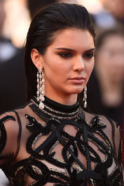 Kendall Jenner accessorized with an attention-grabbing pair of diamond chandelier earrings by Chopard.