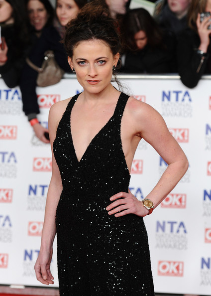 Lara Pulver Clothes