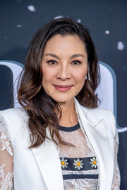 Michelle Yeoh looked lovely with her loose wavy hairstyle at the New York premiere of 'Last Christmas.'