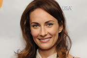 Laura Benanti Long Wavy Cut