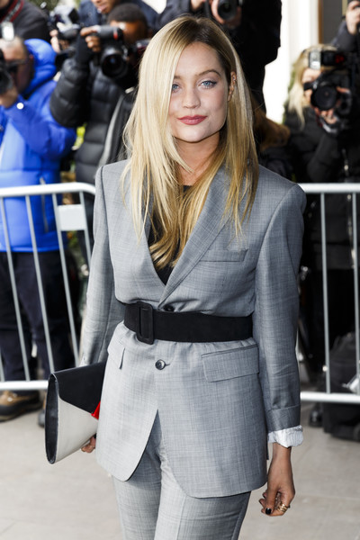 Laura Whitmore Oversized Belt [hair,clothing,street fashion,hairstyle,blond,fashion,long hair,outerwear,layered hair,waist,arrivals,laura whitmore,tric awards,tric awards,grosvenor house hotel,london,england]