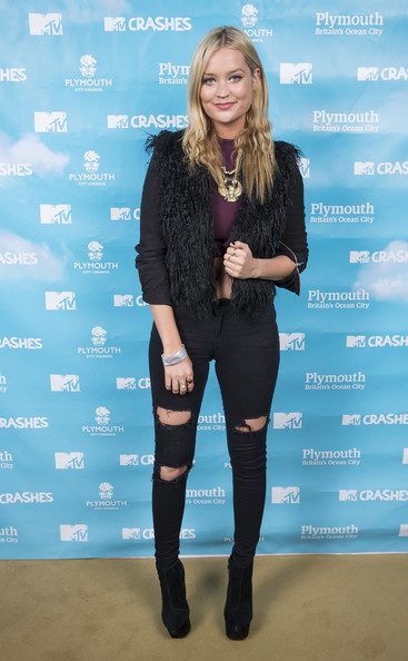 Laura Whitmore Vest [clothing,blue,tights,leggings,electric blue,footwear,fashion,joint,knee,leg,laura whitmore,preparations,plymouth,plymouth hoe,england,mtv,mtv crashes plymouth]