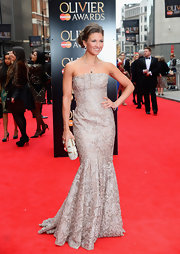 Summer Strallen chose this elegantly embroidered strapless dress for her classic red carpet look at the Laurence Olivier Awards.