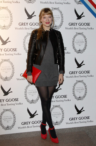 Lea Seydoux Leather Clutch [lea seydoux,clothing,tights,footwear,fashion,joint,leg,leggings,outerwear,leather,dress,grey goose christmas boutique,milan,italy,lea seydoux hosts grey goose]