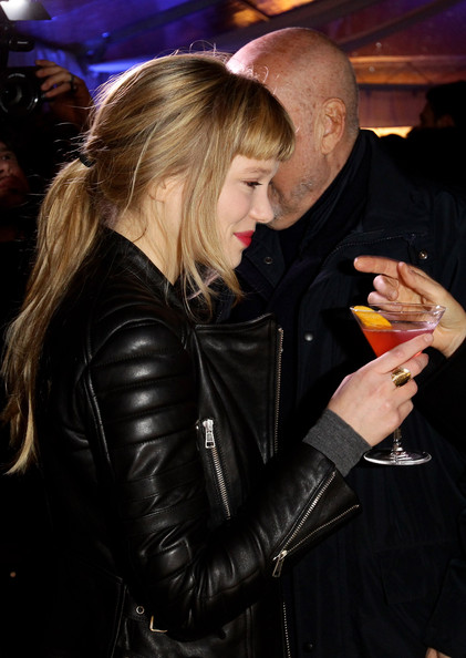 Lea Seydoux Wide Band Ring [lea seydoux,hair,blond,hairstyle,lady,jacket,leather,latex clothing,textile,leather jacket,nightclub,grey goose christmas boutique,milan,italy,lea seydoux hosts grey goose]