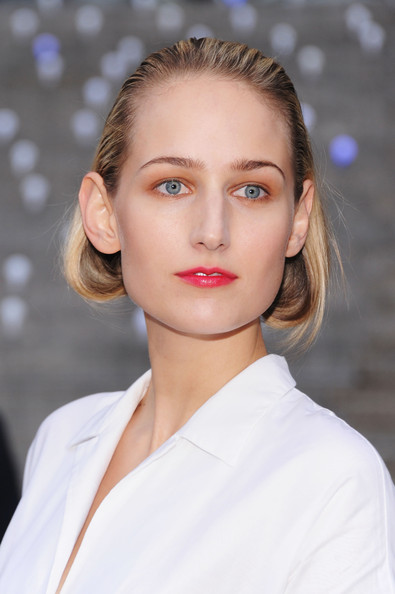 Leelee Sobieski Bobby Pinned Updo [hair,face,lip,eyebrow,hairstyle,beauty,skin,fashion,chin,blond,leelee sobieski,new york city,vanity fair,vanity fair party,state supreme courthouse,tribeca film festival]