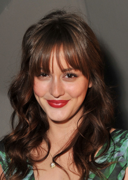 Leighton Meester Gold Pendant [hair,face,hairstyle,lip,bangs,eyebrow,brown hair,chin,blond,layered hair,vera wang,leighton meester,front row,lincoln center,new york city,the stage,mercedes-benz fashion week,fashion show]