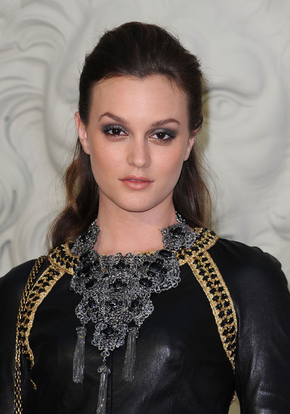 Leighton Meester Silver Statement Necklace [hair,face,eyebrow,hairstyle,lip,beauty,fashion,fashion model,eye,haute couture,haute couture f,leighton meester,chanel - outside,pfw,part,grand palais,paris,chanel,show,paris haute couture fashion week fall]