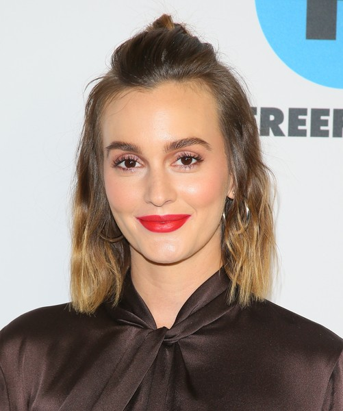 Leighton Meester Half Up Half Down [abc television hosts tca winter press tour 2019 - arrivals,hair,face,lip,hairstyle,eyebrow,blond,beauty,chin,brown hair,long hair,leighton meester,pasadena,california,disney]