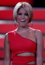 Sylvie van der Vaart showed off a flirty bob style while a contestant on 'Let's Dance'.