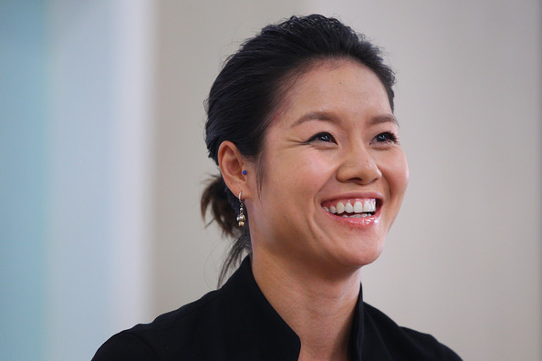 Li Na Loose Ponytail