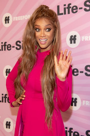 Tyra Banks wore her long tresses in a half-up style at the world premiere of 'Life-Size 2.'