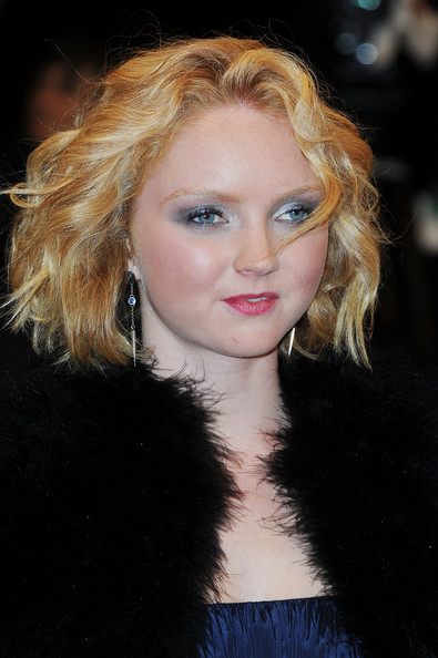 Lily Cole Hair