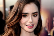 Lily Collins Metallic Eyeshadow