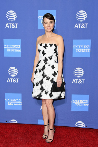 Linda Cardellini Strapless Dress [dress,clothing,cocktail dress,shoulder,carpet,red carpet,cobalt blue,fashion model,premiere,electric blue,arrivals,linda cardellini,palm springs convention center,california,palm springs international film festival film awards gala]