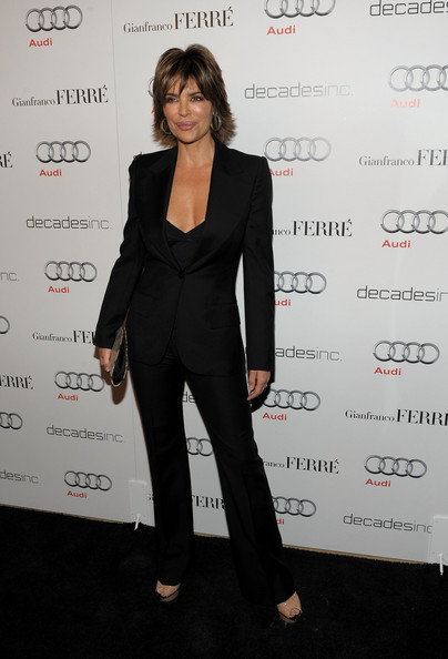 http://www1.pictures.stylebistro.com/gi/Lisa+Rinna+Suits+Pantsuit+0OKYr_wZ9qJl.jpg