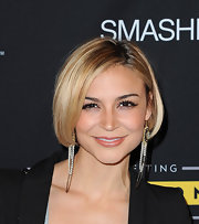 Samaire showed off her chain embellished earrings while hitting The Livestrong event.