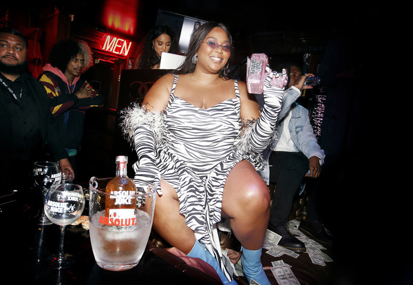 Lizzo Print Dress [alcohol,liqueur,drink,distilled beverage,nightclub,muscle,party,drinking,artist,lizzo,absolut juice,lizzo celebrates grammy,chart,grammy award,california,hollywood,celebration,wins,lizzo,lil nas x,ariana grande,lil wayne,grammy awards,rapper,spotify,good as hell]
