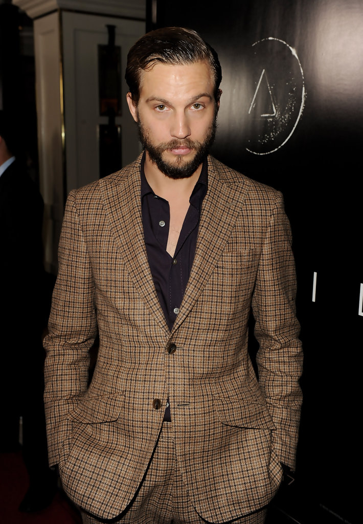 Logan Marshall-Green Men's Suit - Logan Marshall-Green Looks