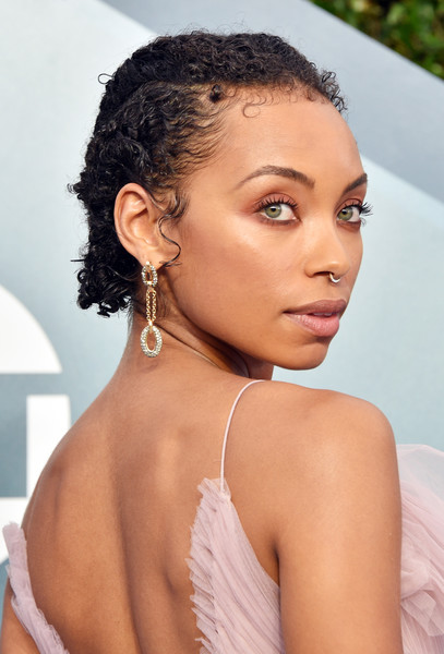 Logan Browning Short Curls [hair,face,hairstyle,eyebrow,beauty,skin,black hair,lip,chin,forehead,arrivals,logan browning,screen actors guild awards,screen actors\u00e2 guild awards,the shrine auditorium,los angeles,california,logan browning,23rd screen actors guild awards,shrine auditorium and expo hall,24th screen actors guild awards,sag-aftra,actor,celebrity,beauty]
