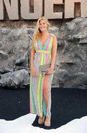 Cheska Hull looked summery sweet in a V-neck, vertical striped maxi.