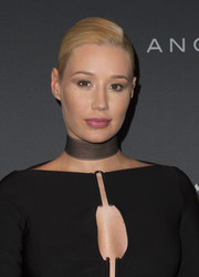 Iggy Azalea styled her hair into a side-parted ponytail for the Longines Masters Gala.