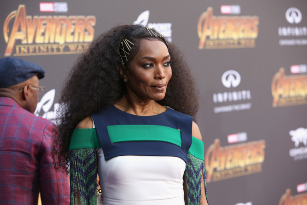 More Pics of Angela Bassett Studded Clutch (1 of 6) - Clutches Lookbook - StyleBistro [avengers: infinity war,face,beauty,fashion,carpet,model,fashion design,street fashion,performance,premiere,t-shirt,angela bassett,california,hollywood,los angeles global premiere,marvel studios]