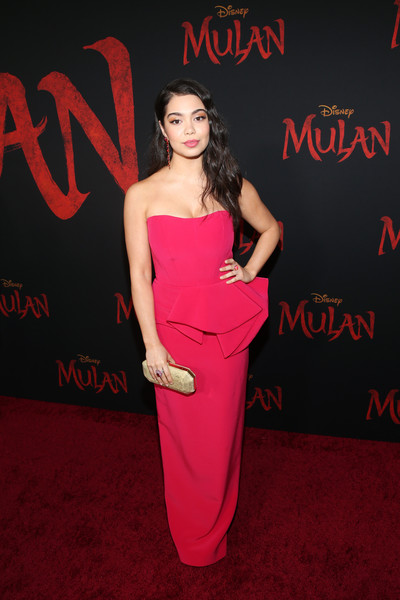 Auli'i Cravalho glammed up in a strapless red peplum gown by Azzi & Osta for the world premiere of 'Mulan.'