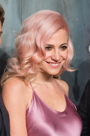 Pixie Lott looked darling with her vintage-style pink curls at the Lost in Space event.