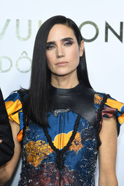 Jennifer Connelly gave us hair envy when she wore this perfectly sleek 'do at the Louis Vuitton boutique opening in Paris.