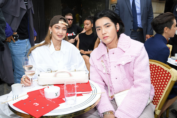 More Pics of Gigi Hadid Plain Baseball Cap (1 of 9) - Gigi Hadid Lookbook - StyleBistro [menswear spring summer 2020,event,fashion,kris wu,gigi hadid,front row,spring,part,paris,louis vuitton,paris fashion week,show]
