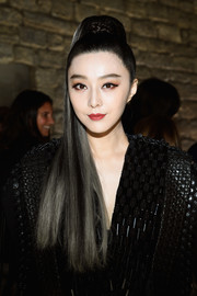 Fan Bingbing wore her hair in a perfectly sleek ponytail at the Louis Vuitton Spring 2018 show.