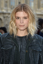 We love Kate Mara's platinum locks paired with this dark denim jacket.