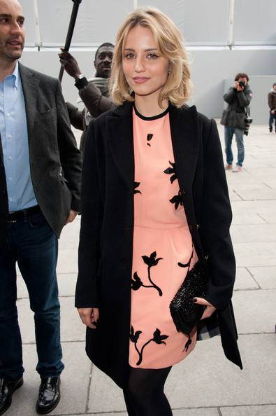 More Pics of Dianna Agron Pink Lipstick (1 of 17) - Dianna Agron Lookbook - StyleBistro