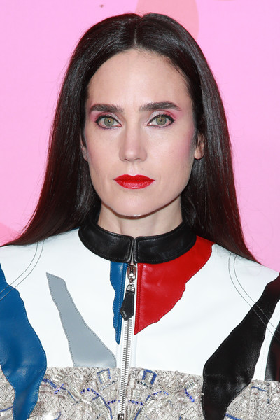Jennifer Connelly stuck to her usual straight center-parted style at the Louis Vuitton X: An Immersive Journey event.
