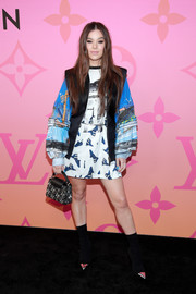 Hailee Steinfeld rocked a graphic print dress with voluminous sleeves at the Louis Vuitton X: An Immersive Journey event.