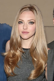 As if we did already envy Amanda's blonde tresses, this voluminous blow out sealed the deal.