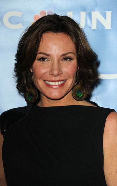 LuAnn de Lesseps Curled Out Bob [hair,face,hairstyle,eyebrow,chin,shoulder,brown hair,long hair,black hair,smile,luann de lesseps,langham huntington hotel,pasadena,california,nbc universal,winter tca press tour all-star party]