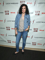 Rumer Willis kept it super laid-back in a Lucky Brand denim jacket layered over a striped V-neck shirt at the 'City Jam with Brandy' event.