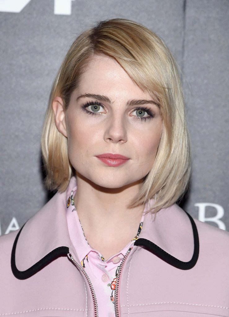 Lucy Boynton B O B Short Hairstyles Lookbook Stylebistro