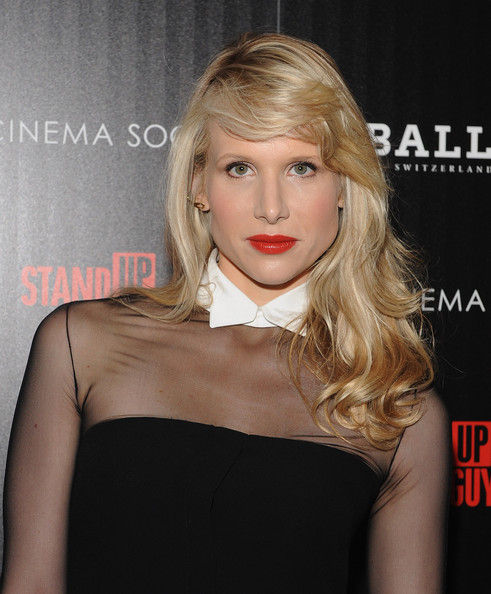 Lucy Punch Long Side Part