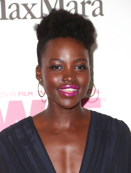Lupita Nyong'o Pink Lipstick [film,hair,hairstyle,beauty,chin,black hair,forehead,afro,lip,long hair,hair coloring,women,lupita nyongo,women in film 2017 crystal lucy awards,crystal lucy awards,the beverly hilton hotel,beverly hills,max mara,bmw,red carpet]