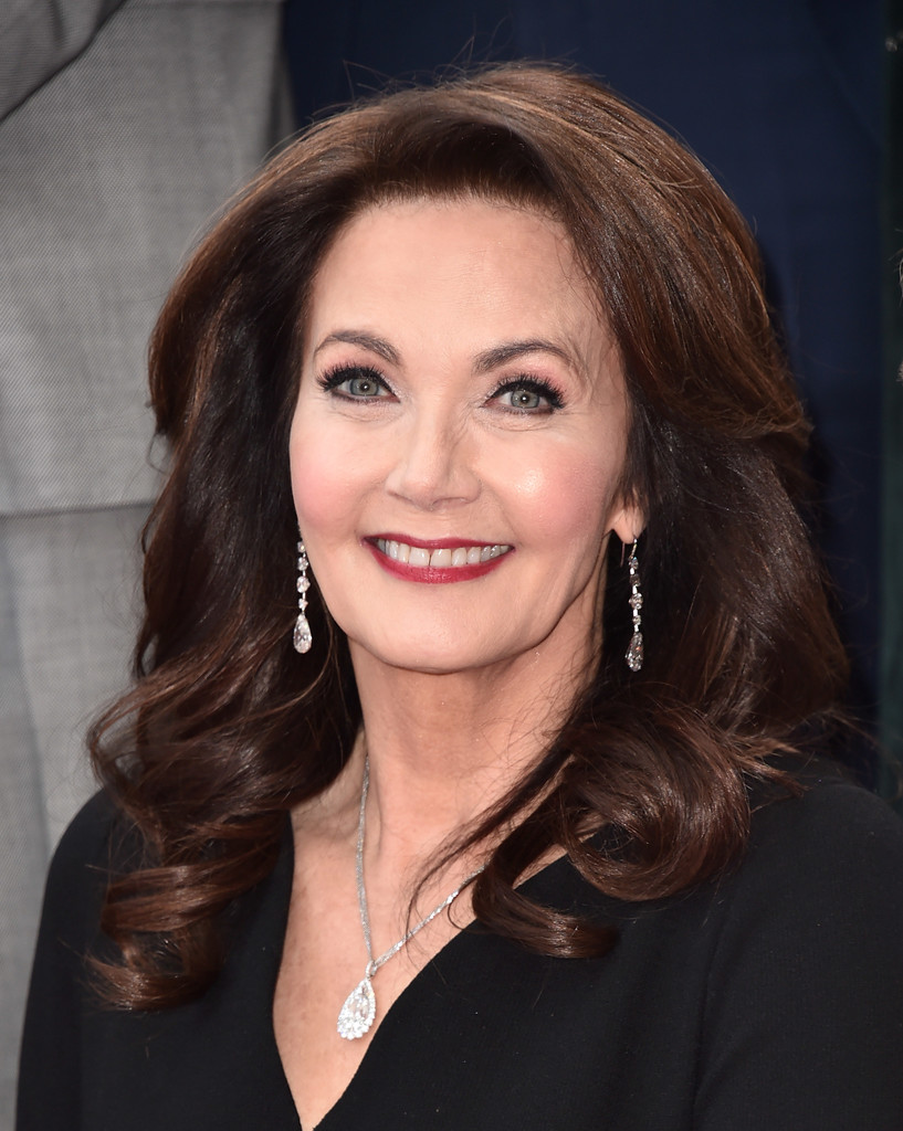 Lynda Carter S Perfect Curls Haircuts For Women Over 50