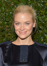 Jaime King  kept her look fresh and youthful with a simple pulled back bun.