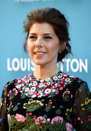 Marisa Tomei attended the MOCA Gala wearing a just-got-out-of-bed bun.