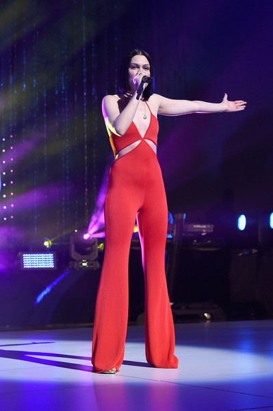 Jessie J gave a sizzling-hot performance at the MTV 2015 Upfront Presentation in a red cutout jumpsuit by Balmain.
