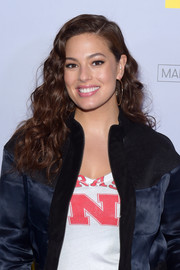 Ashley Graham wore her hair in a cascade of curls during MTV's 2017 College Signing Day.