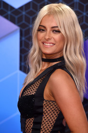Bebe Rexha looked like a doll with her perfect blonde waves at the MTV EMAs.