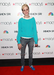 Samantha Ronson topped off her look with blue lace-up kicks.